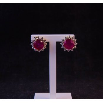 9k yellow gold and garnet cluster stud earrings