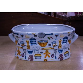 "Small cooking themed foot bath or planter. Measures 14""L x 9""W x 5.5""H"