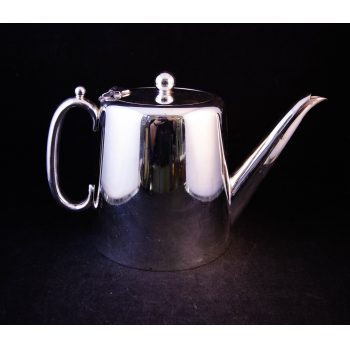"Hotelware silver plated tea pot. Measures 9.5""L x 4.5""W x 6""H, holds 1.5 pints. Price includes nationwide delivery"
